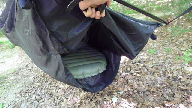 How To Sleep Warm In A Camping Hammock Section Hikers