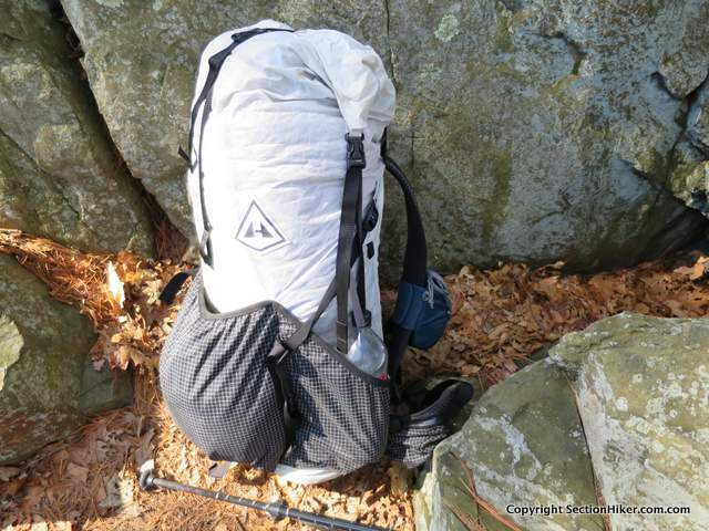 The HMG 3400 Southwest has a dry bag style roll top and solid external pockets