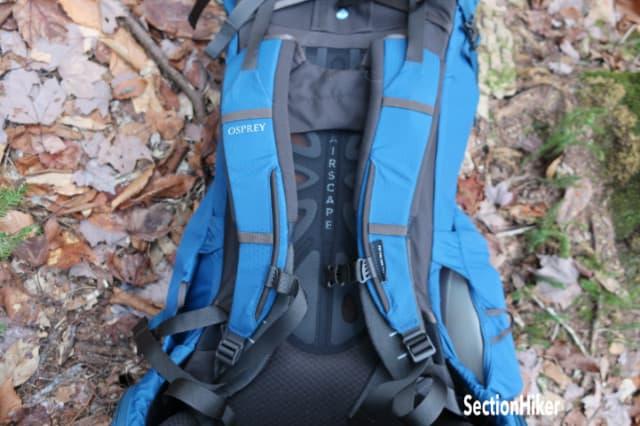 S-shaped shoulder straps fit all physiques