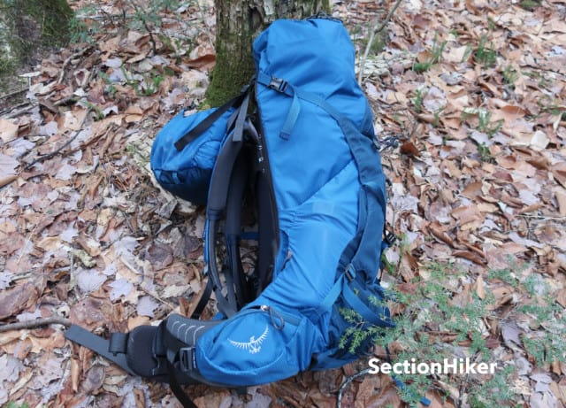 The Aether's packbag is fairly shallow and holds loads quite close to your hips for optimal load transfer